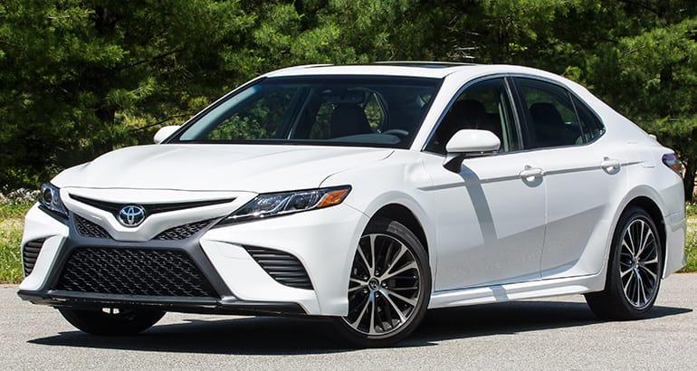 Toyota-Camry-2018-2